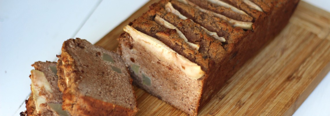 Pear cake with gingerbread spices